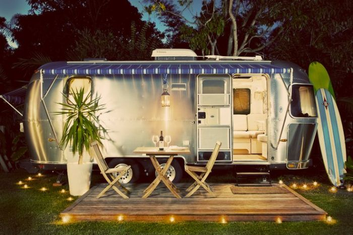 airstream blue